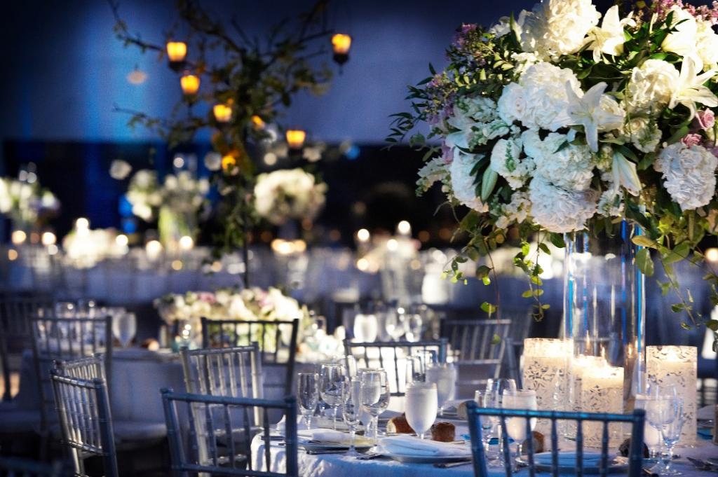 Wedding Reception Decor White Flowers And Blue Lighting