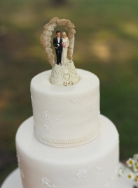 old fashioned cake toppers beach weddings delicate cake design evantine melissa paul liz banfield