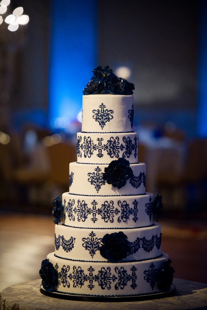 blue and white wedding cake ritz carlton hotel philadelphia wedding planners