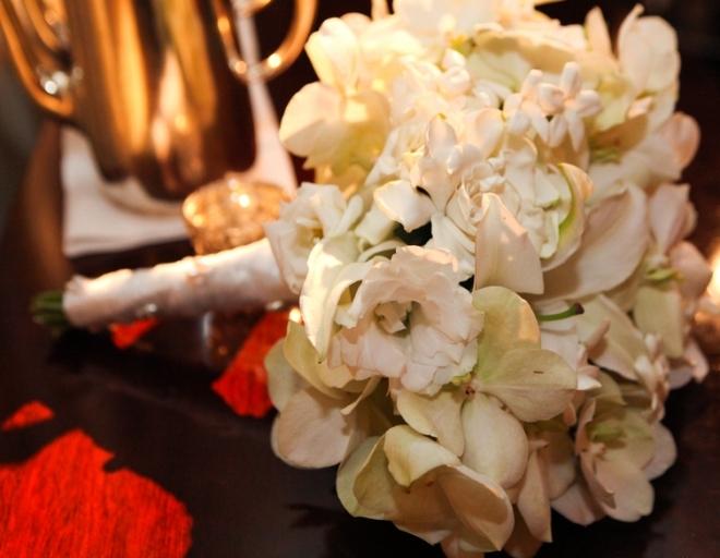 bridal bouquet gardenias orchids lisianthus lilies heleborous stephanotis evantine design