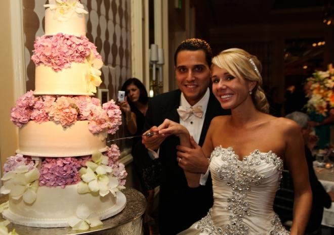 wedding cake four seasons hotel philadelphia evantine design