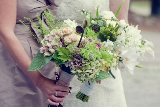 Bridal Bouquets Country Flowers Modern Styling Evantine Design-c