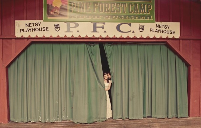 fun bride and groom formal photos summer theater love shack photo