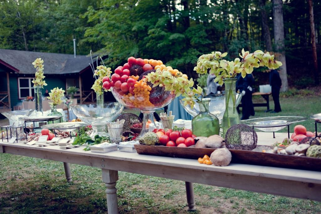 Real stories a summer camp wedding in the poconos for Meal outdoors
