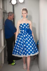 oscar de la renta resort 2013 cobalt blue short check dress