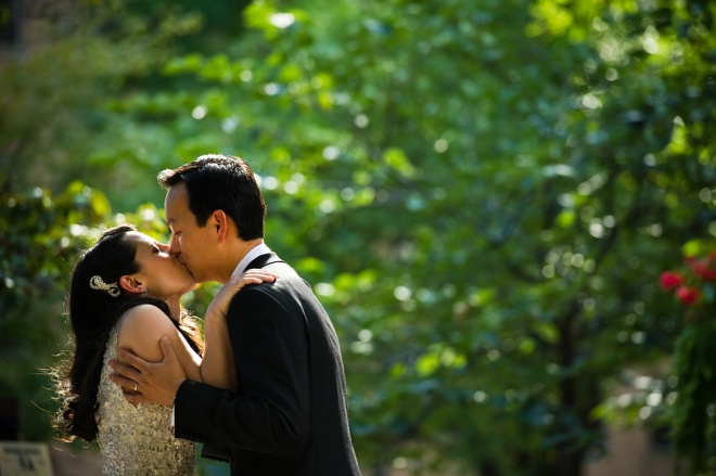 Kiss Rittenhouse Square Park Weddings Cliff Mautner
