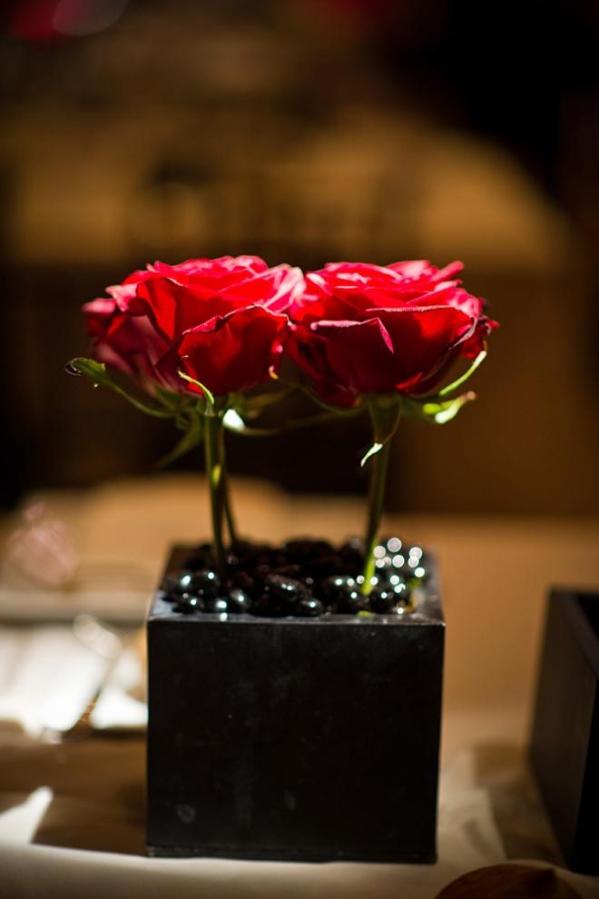 Modern Red Wedding Flowers Evantine Design Cliff Mautner