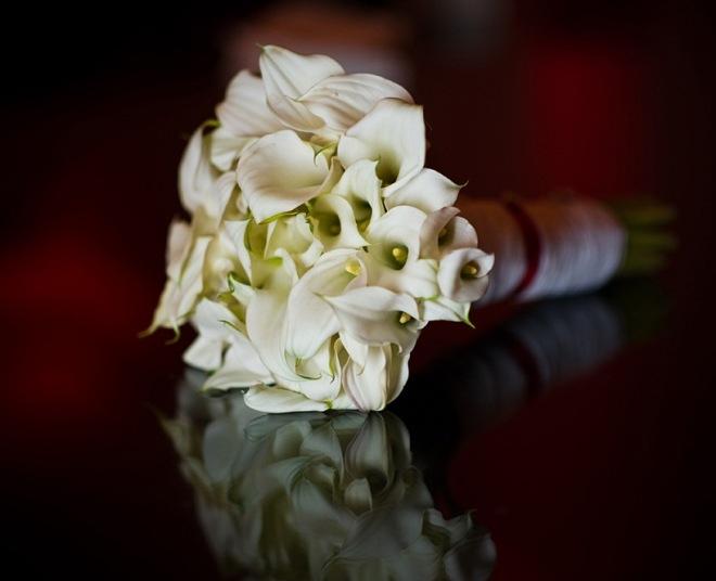 White Wedding Bouquets Mini Callas Evantine Design