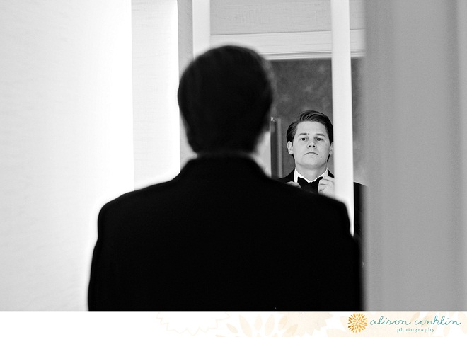 Groom Dressing Hyatt at the Bellevue Philadelphia
