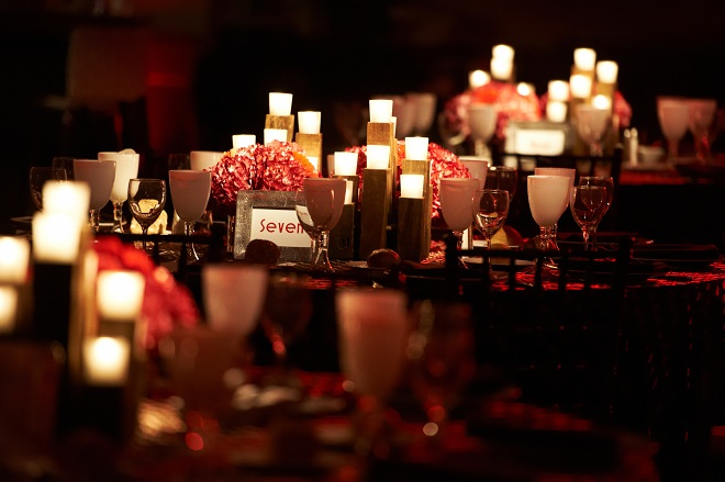 Distress Wood Votive Candles Red Steakhouse Themed Party-c