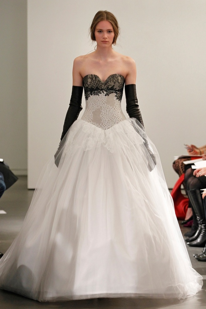 Vera Wang Black and White Wedding Gowns 3