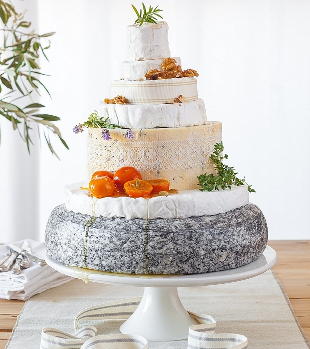 wedding-cheese-cake-tasha seccombe