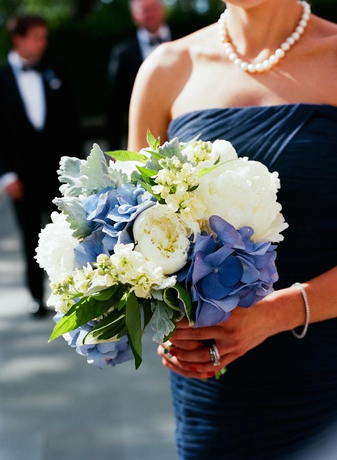 blue and white bridesmaids bouquets with navy bridesmaids dresses evantine design liz banfield