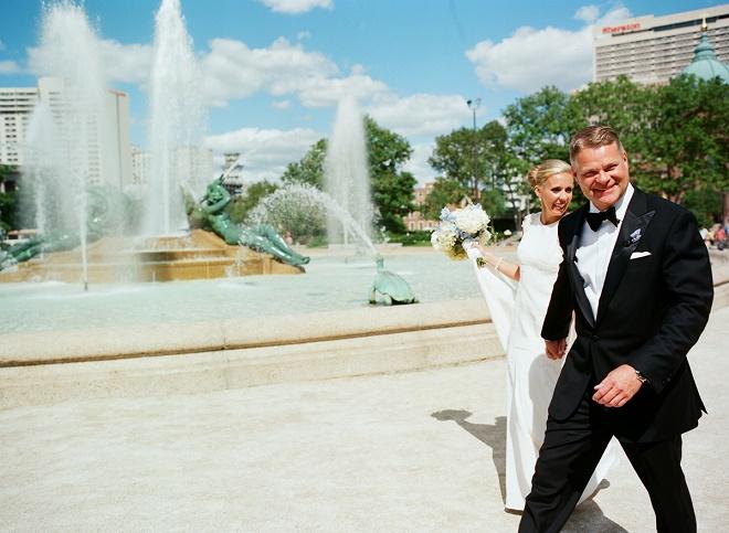 outdoor wedding photos philadelphia center city evantine design liz banfield