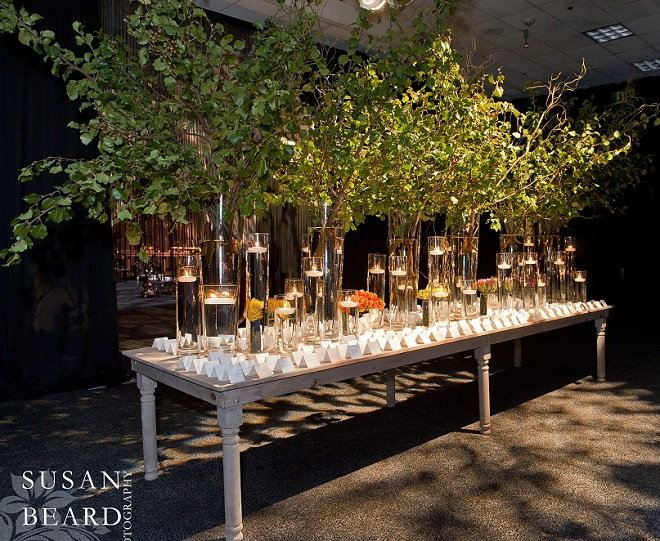 We created an entire room just for the placecard table. Evantine Design.