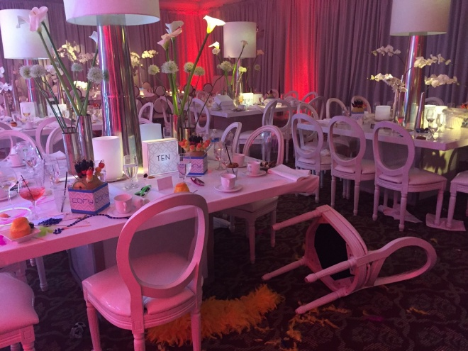 cory bar mitzvah 11 evantine design philly mitzvahs white pop chairs mirror tables blue lighting