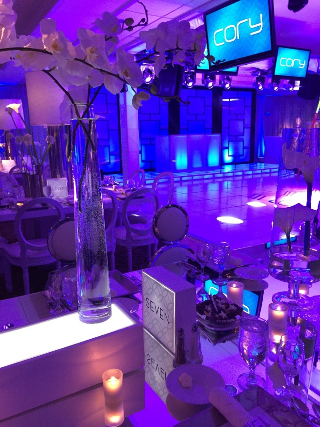 light up centerpieces elegant bar mitzvahs boys parties evantine design philly mitzvahs cory 11