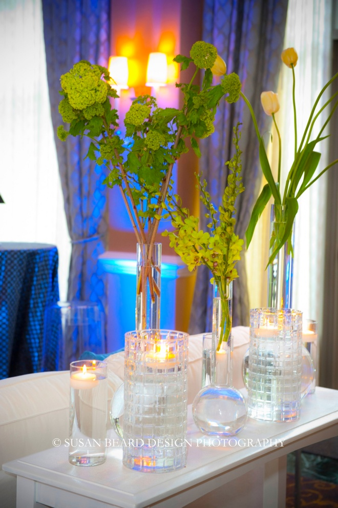 glass vases with simple flowers for philly parties evantine design details susan beard design