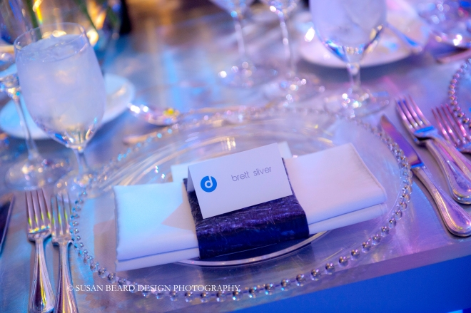 simple napkin treatments for modern parties bat mitzvahs in philadelphia evantine design