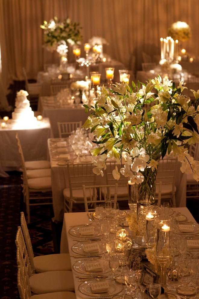 modern white wedding flowers evantine design four seasons hotel philadelphia party planners