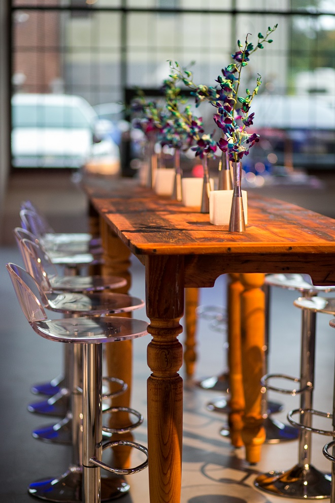 modern white lounge mitzvah with raw wood blue lighting evantine designn moulin loft space philadelphia 27 blue orchids wood tables
